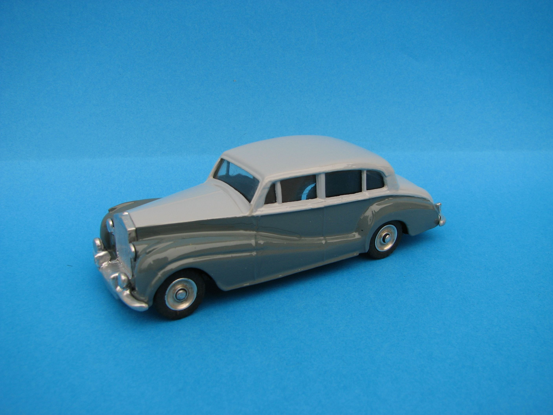 rolls royce silver craight dinky toys restauration. Black Bedroom Furniture Sets. Home Design Ideas